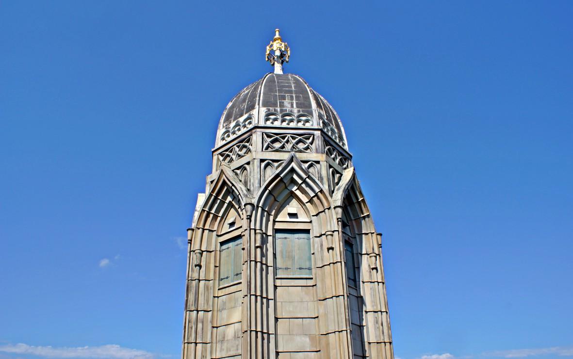 Blick auf den Zwillingsturm Grossmünster