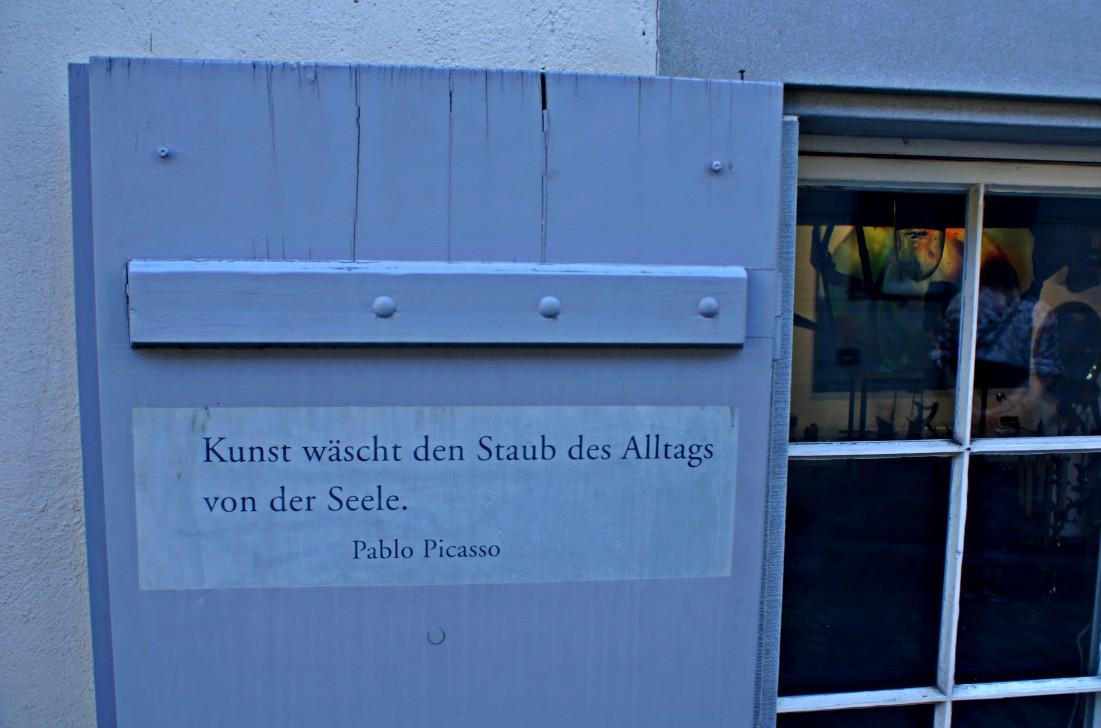 Kunstausstellung im Shop Beitrag Zürich