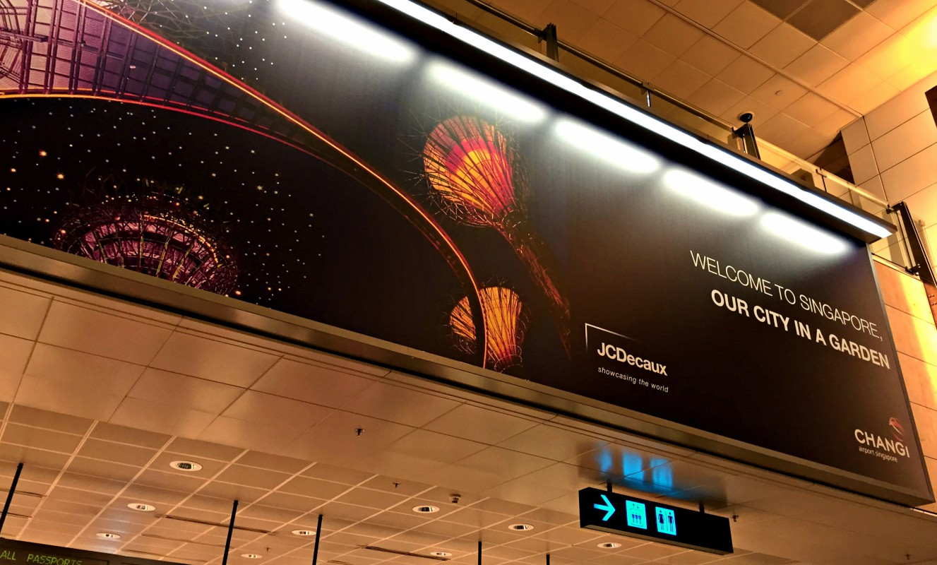 changi airport happy welcome
