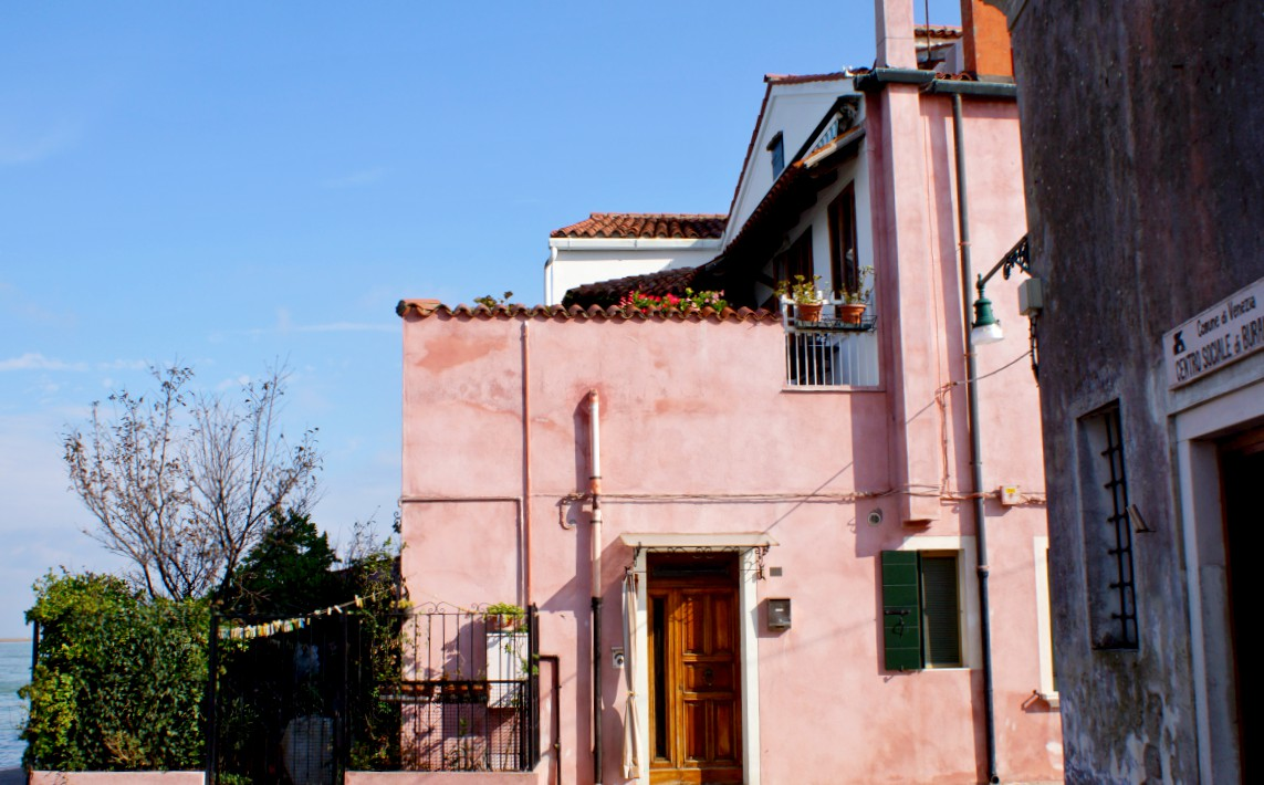 Home sweet home in Burano