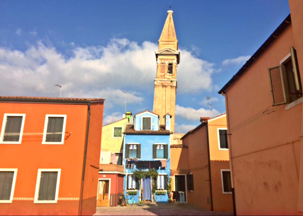Schiefer Turm von Burano