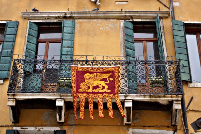 Wahrzeichen von Venedig der beflügelte Löwe